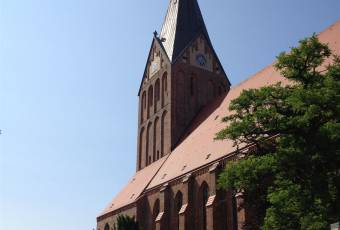 Klassenfahrtenfuchs - Klassenfahrt Darßer Boddenküste - St. Marien Kirche Barth