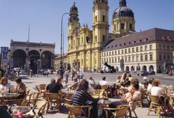 Klassenfahrtenfuchs - Klassenfahrt München - Theatinerkirche / Odeonsplatz