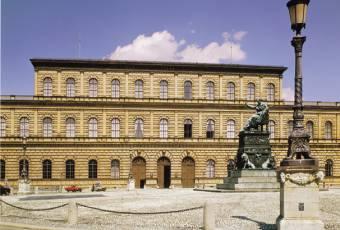 Klassenfahrtenfuchs - Klassenfahrt München - Königsbau der Residenz