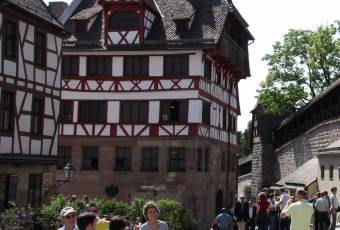 Klassenfahrtenfuchs - Klassenfahrt Nürnberg - Albrecht Dürer Haus
