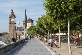 Klassenfahrtenfuchs - Klassenfahrt Düsseldorf - Rheinpromenade