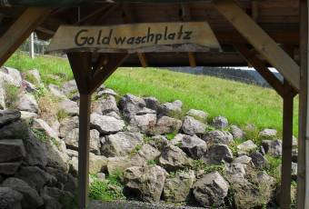 Klassenfahrtenfuchs - Klassenfahrt Thüringer Abenteuercamp - Goldwaschplatz