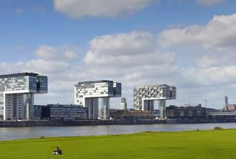 Klassenfahrtenfuchs - Klassenfahrt nach Köln - Moderne Rheinbauten