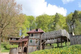 Klassenfahrtenfuchs - Klassenfahrt Burgensteig Waldhessen - Abenteuerspielplatz
