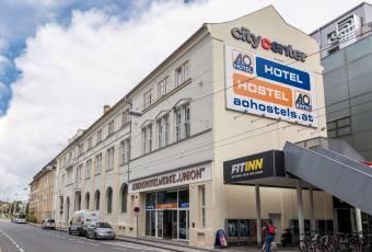 Klassenfahrt nach Salzburg – Klassenfahrtenfuchs – A+O Hostel Salzburg aussen