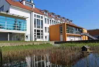 Klassenfahrtenfuchs - Klassenfahrt Greifswald - MaJuWi Teich