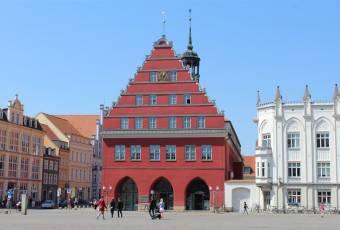 Klassenfahrtenfuchs - Klassenfahrt Greifswald - Rathaus