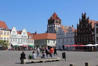 rtenfuchs - Klassenfahrt Greifswald - Marktplatz