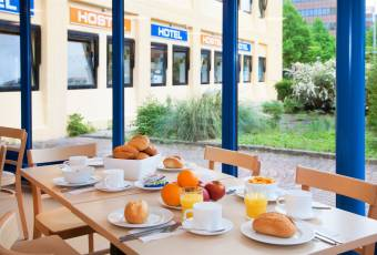 Klassenfahrt nach Amsterdam – Klassenfahrtenfuchs – A+O Hostel Amsterdam Frühstück