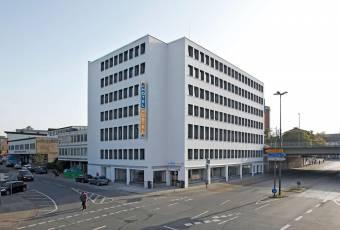Klassenfahrtenfuchs - Klassenfahrt Bremen - A&O Hostel Hauptbahnhof - Aussenansicht