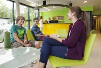 Klassenfahrtenfuchs - Klassenfahrt Duisburg - City Hostel Sportpark - Lobby