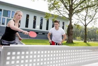 Klassenfahrtenfuchs - Klassenfahrt Duisburg - City Hostel Sportpark - Tischtennis