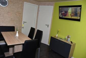 Klassenfahrtenfuchs - Klassenfahrt Dranske (Rügen) - Wohnbereich mit TV