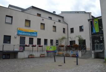 Klassenfahrtenfuchs-Klassenfahrt Potsdam-JH Potsdam-Aussenansicht III